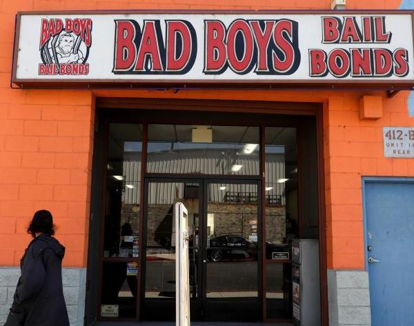 A referendum to be voted on in November would decide whether to replace California's money bail bond system with one that assesses the public safety and flight risk before releasing people from jail.(Los Angeles Times)