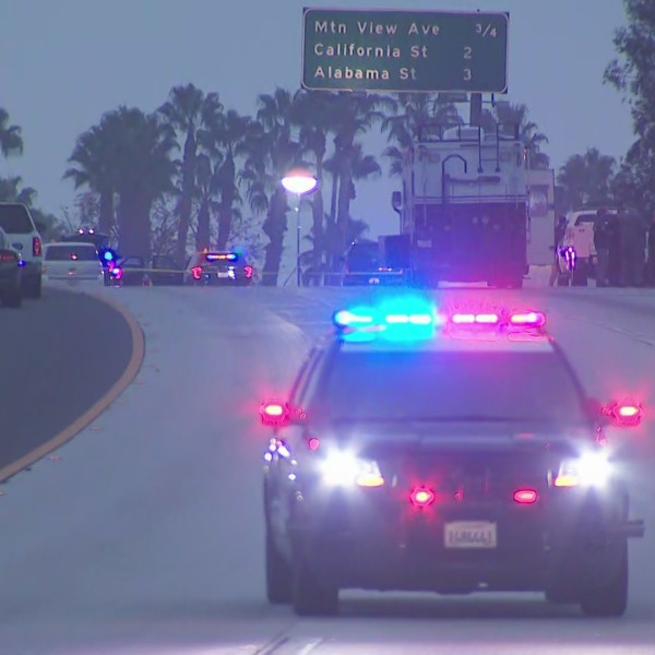 Authorities investigate the deadly Fontana police shooting of a suspect on the eastbound 10 Freeway in the Loma Linda area on Oct. 24, 2020. (KTLA)