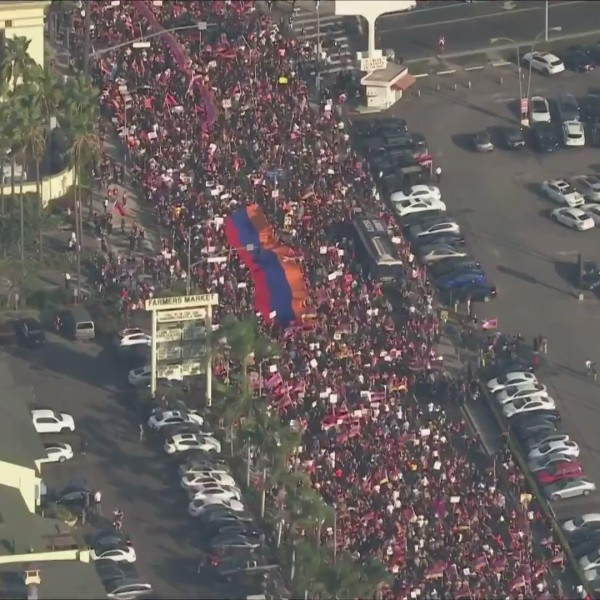 Thousands of people fill the streets of Los Angeles on Oct. 11, 2020, in massive protests in support of Armenia and Artsakh in the ongoing conflict in Nagorno-Karabakh. (KTLA)
