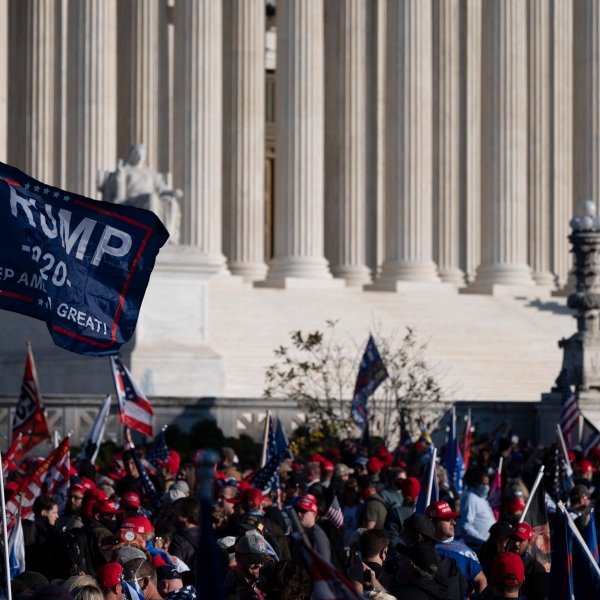 Supporters of US President Donald Trump rally at the U.S. Supreme Court in Washington, D.C., on Nov. 14, 2020. (ANDREW CABALLERO-REYNOLDS / AFP via Getty Images)