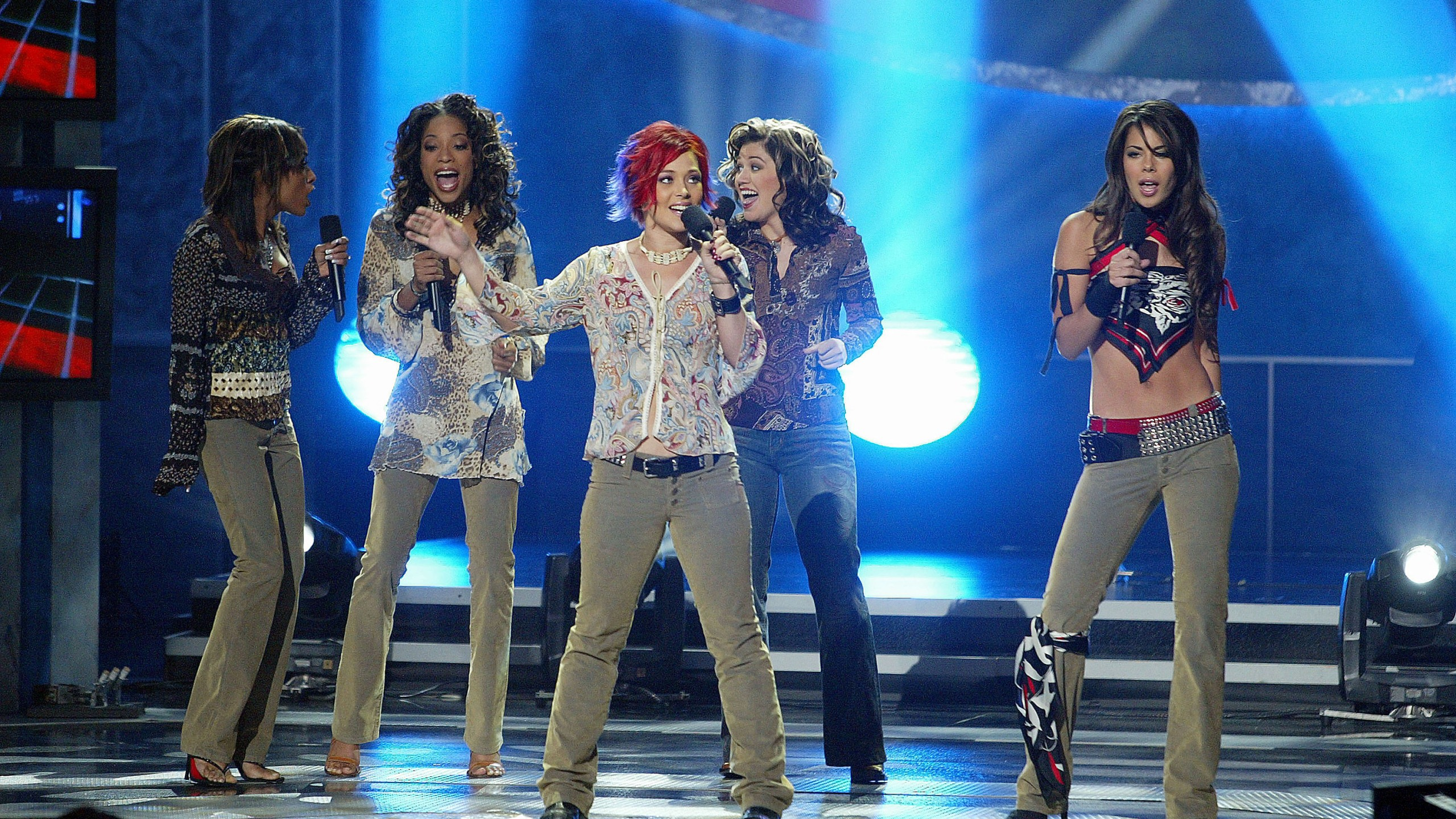 "Christina Christian , Tamyra Gray, Nikki McKibbin, Kelly Clarkson and Ryan Starr at FOX-TV's ""American Idol"" finale at the Kodak Theatre in Hollywood, Ca. Wednesday, Sept. 4, 2002. (Kevin Winter/ImageDirect via Getty Images)"