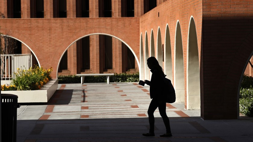 USC was the top destination for foreign students in California last year.(Mel Melcon / Los Angeles Times)