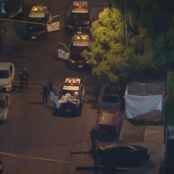 Authorities respond to investigate a shooting in North Hollywood on Nov. 25, 2020. (KTLA)