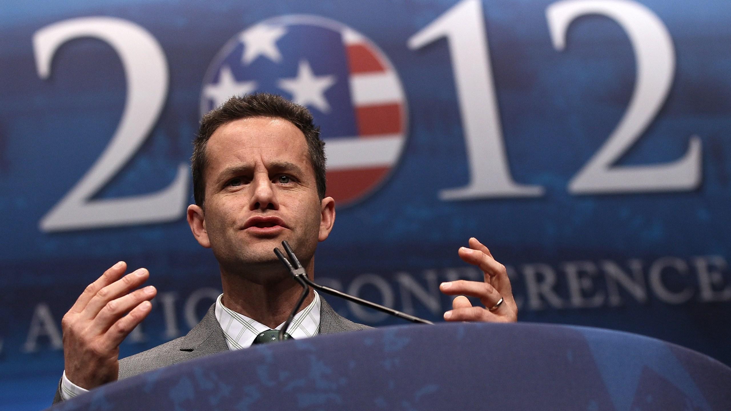 演员柯克-卡梅伦在2012年2月9日,n华盛顿特区的年度保守派政治行动会议上发言。(Win McNamee/Getty Images)(photo:KTLA)