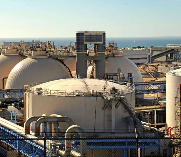 The Hyperion Water Reclamation Plant in Playa Del Rey in 2016.(Christina House / Los Angeles Times)