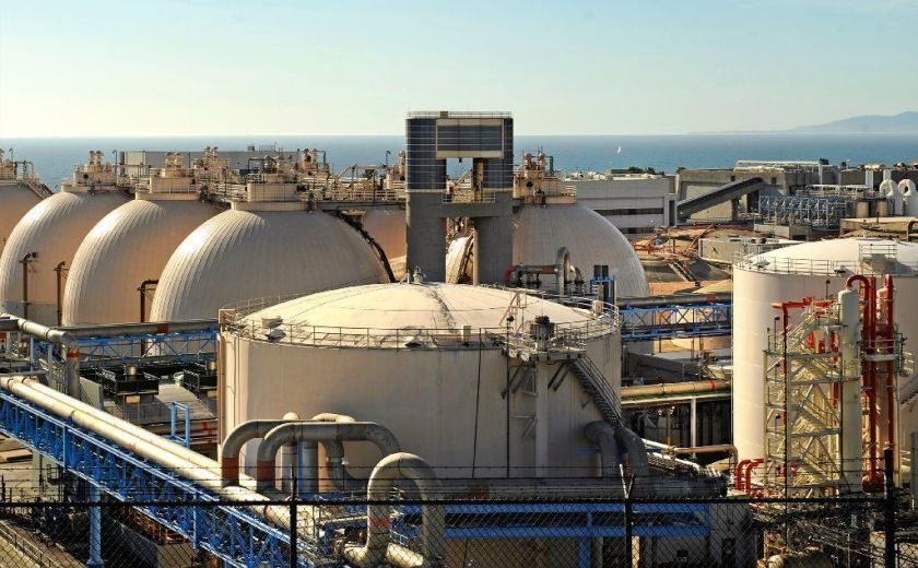 The Hyperion Water Reclamation Plant in Playa Del Rey is seen in 2016.(Christina House / Los Angeles Times)