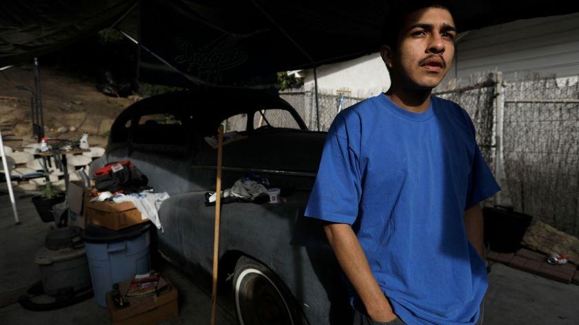 彼得-阿雷拉诺和他的父亲一起成为'回声公园帮'派禁令的对象,尽管从未在法庭上被证明是帮派成员。(Genaro Molina/洛杉矶时报)(photo:KTLA)
