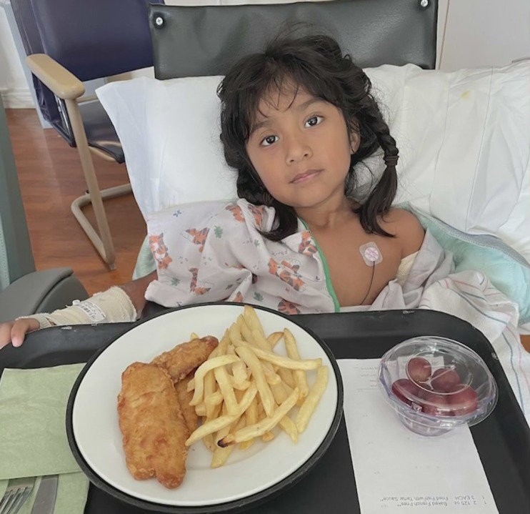 5-year-old Sofia is seen at the hospital in a photo shared to KTLA by a family member on Dec. 11, 2020.