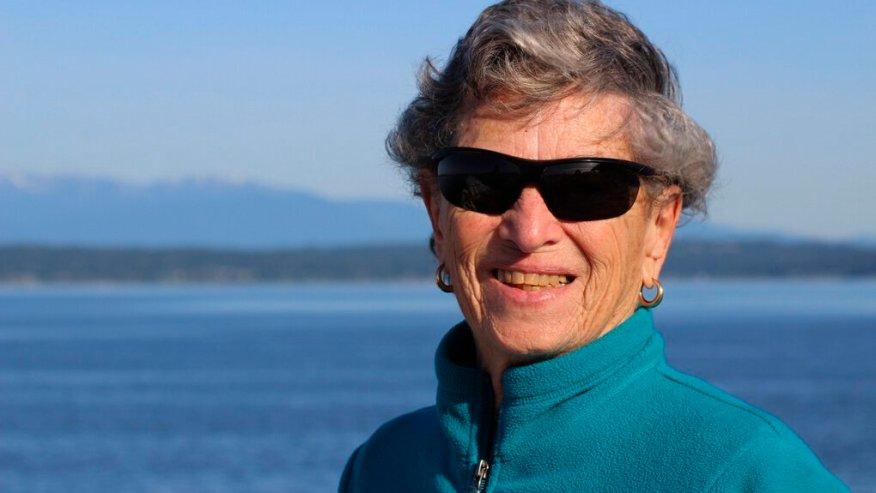 90-year-old Seattle Woman Walks 6 Miles through Snow for Coronavirus Vaccine