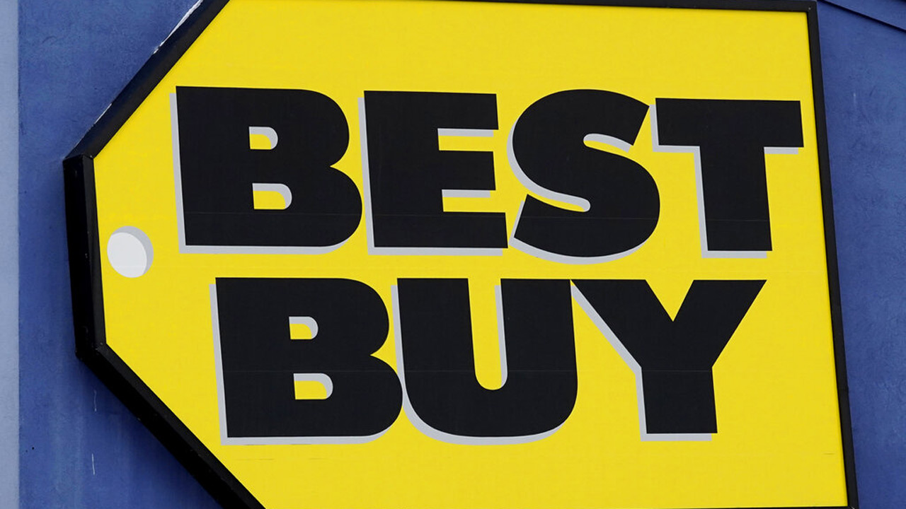 A Best Buy store sign is displayed in Arlington Heights, Ill., Saturday, Feb. 6, 2021. (AP Photo/Nam Y. Huh)