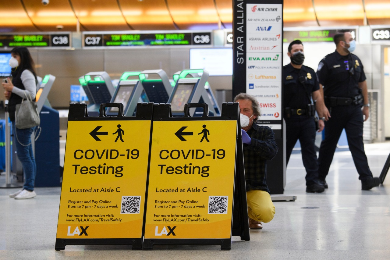 L.A. County now has 8 confirmed cases of U.K. coronavirus variant and officials are warning against travel - KTLA Los Angeles