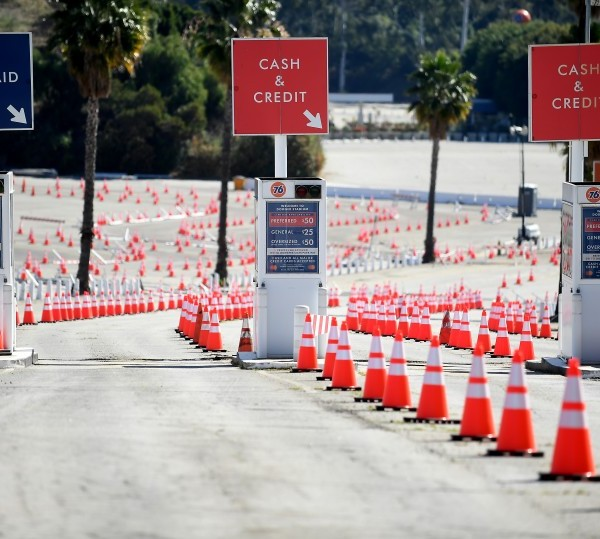 Dodger Stadium's vaccination site reopens Tuesday.(Wally Skalij / Los Angeles Times)