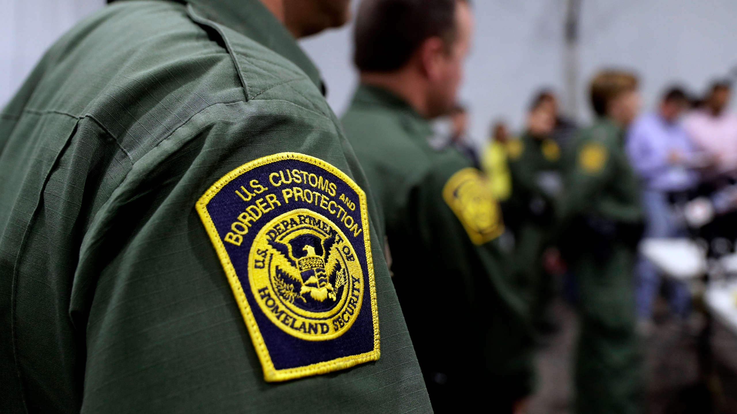 Border Patrol agents hold a news conference prior to a media tour of a new U.S. Customs and Border Protection temporary facility near the Donna International Bridge in Donna, Texas, on May 2, 2019. (Eric Gay / Associated Press)