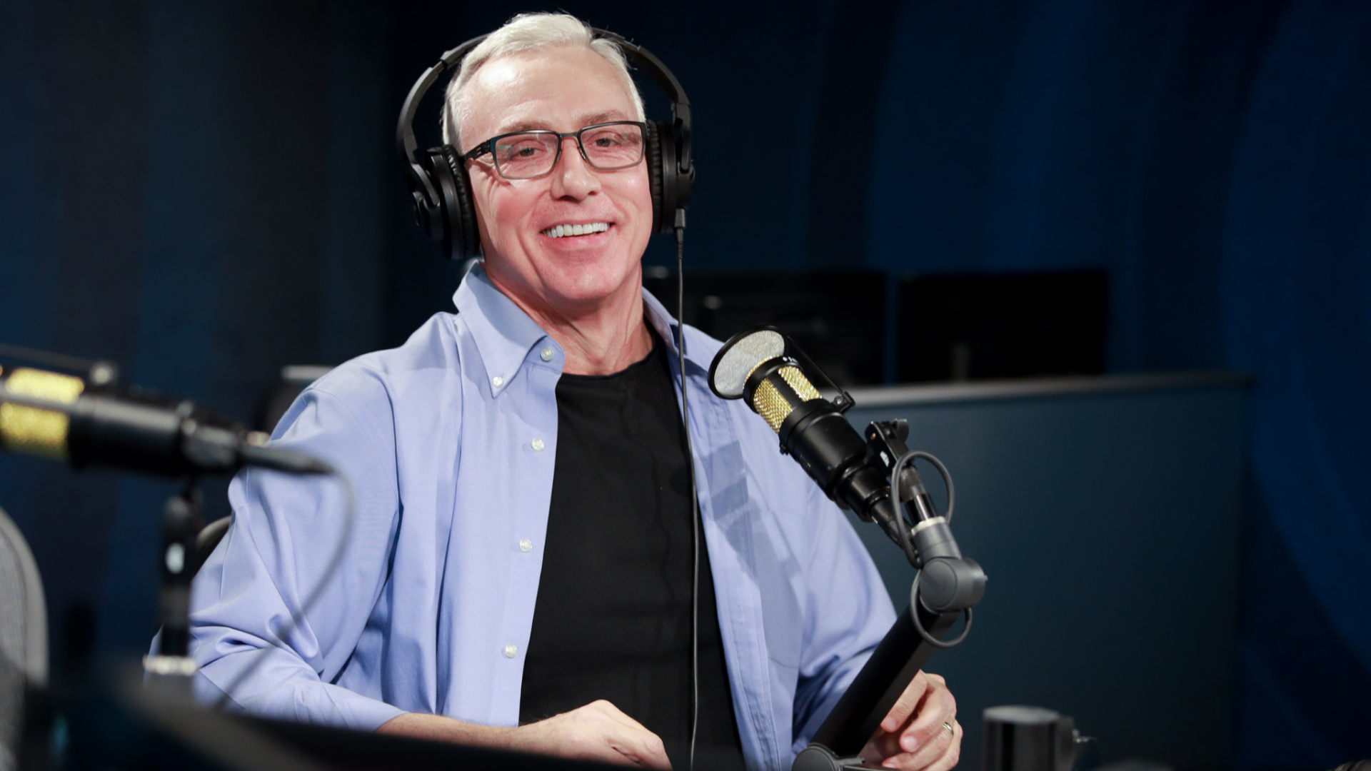 Dr. Drew Pinsky visits the SiriusXM Hollywood Studio on Feb. 27, 2020 in Los Angeles. (Rich Fury/Getty Images)