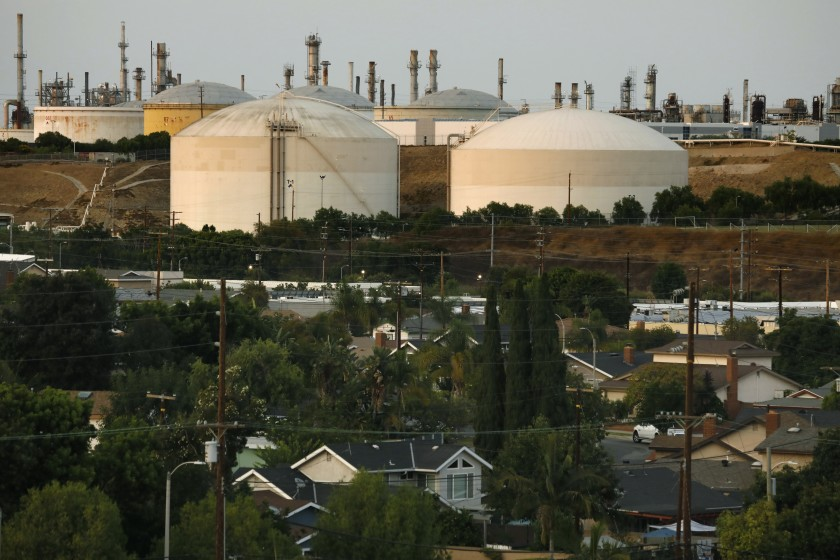 Outside the Port of L.A. in San Pedro, two large tanks along Gaffey Street hold liquid butane. Some residents in the area fear the tank could cause a deadly explosion close to homes and schools.(Carolyn Cole / Los Angeles Times)