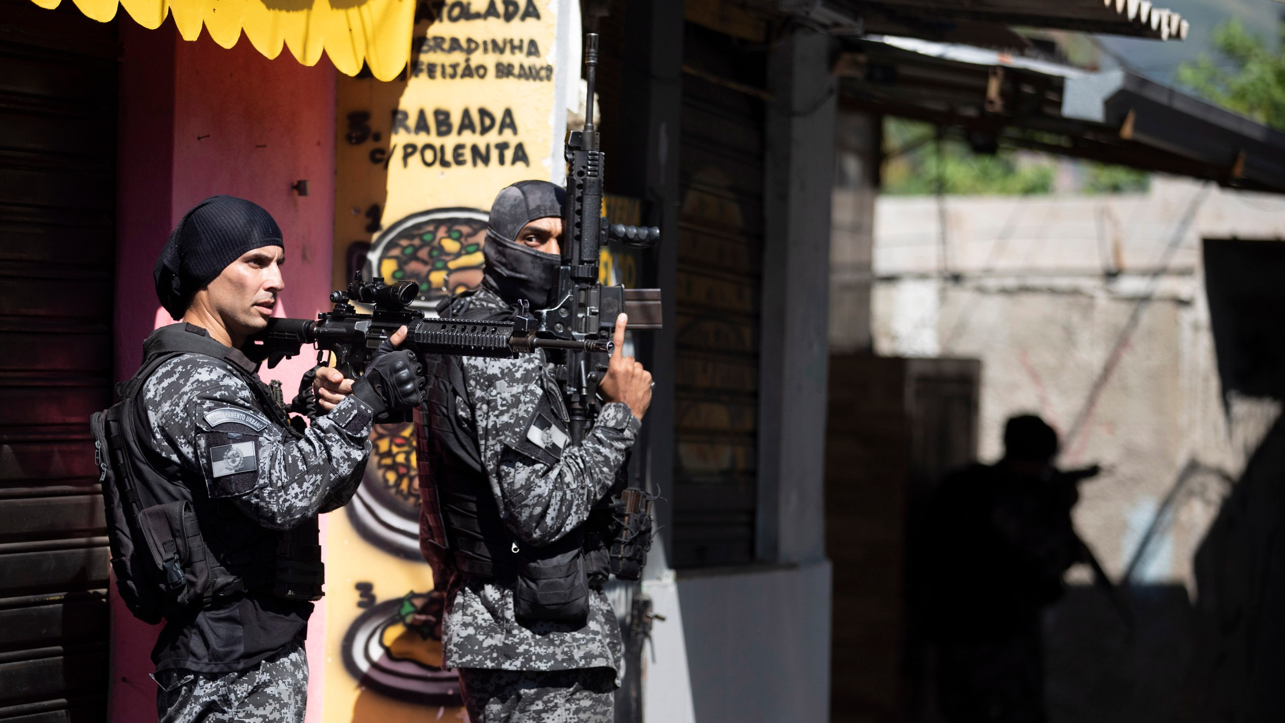 Police conduct an operation against alleged drug traffickers in the Jacarezinho favela of Rio de Janeiro, Brazil, on May 6, 2021. (Silvia Izquierdo / Associated Press)