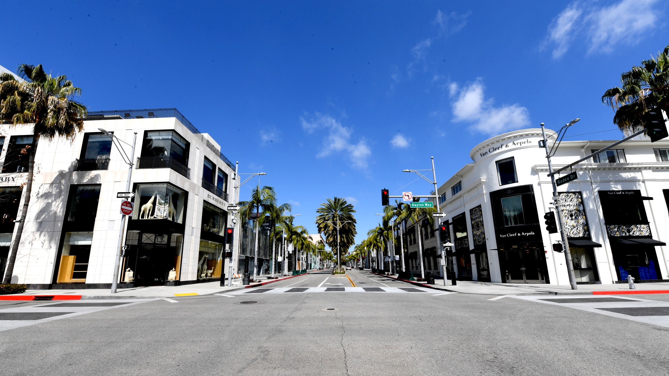 Rodeo Drive is shown on April 11, 2020 in Beverly Hills, California. (Kevin Winter/Getty Images)
