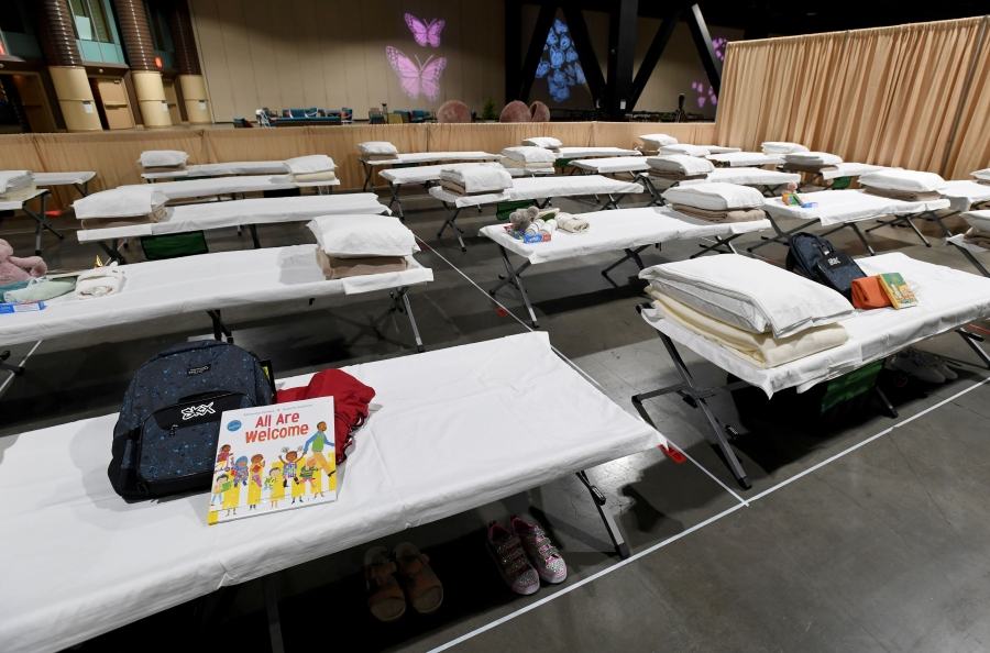 U.S. to close 4 emergency shelters for migrant children, including Long Beach location