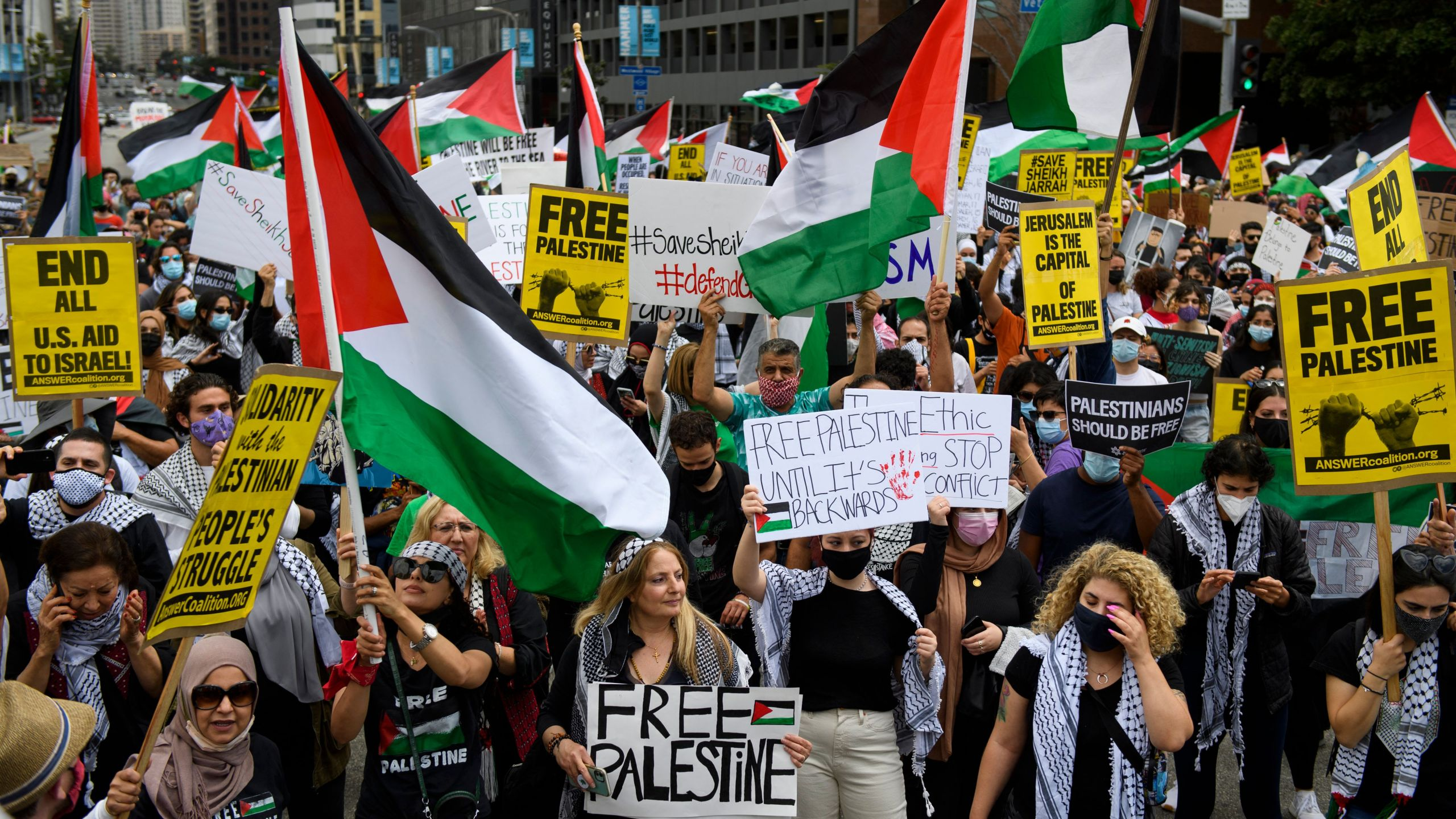 People demonstrate in support of Palestine during the Los Angeles Nakba 73: Resistance Until Liberation rally and protest from the US Federal Building to the Consulate of Israel on May 15, 2021 in Los Angeles. (Patrick T. Fallon/AFP via Getty Images)