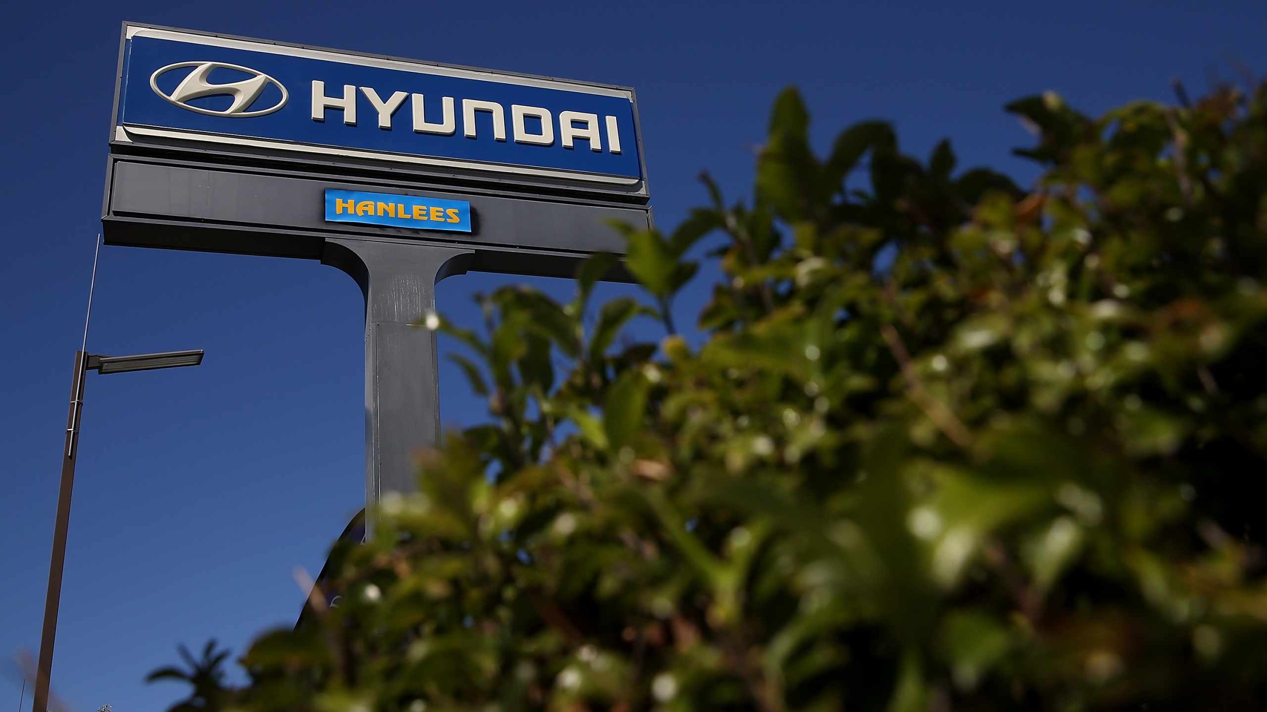 A sign stands in front of Hanlees Hyundai on May 27, 2014 in Richmond, California. (Justin Sullivan/Getty Images)