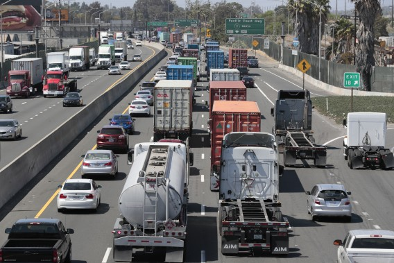 The 710 Freeway is seen from West Anaheim Street in Long Beach on May 27, 2021. (Robert Gauthier / Los Angeles Times)