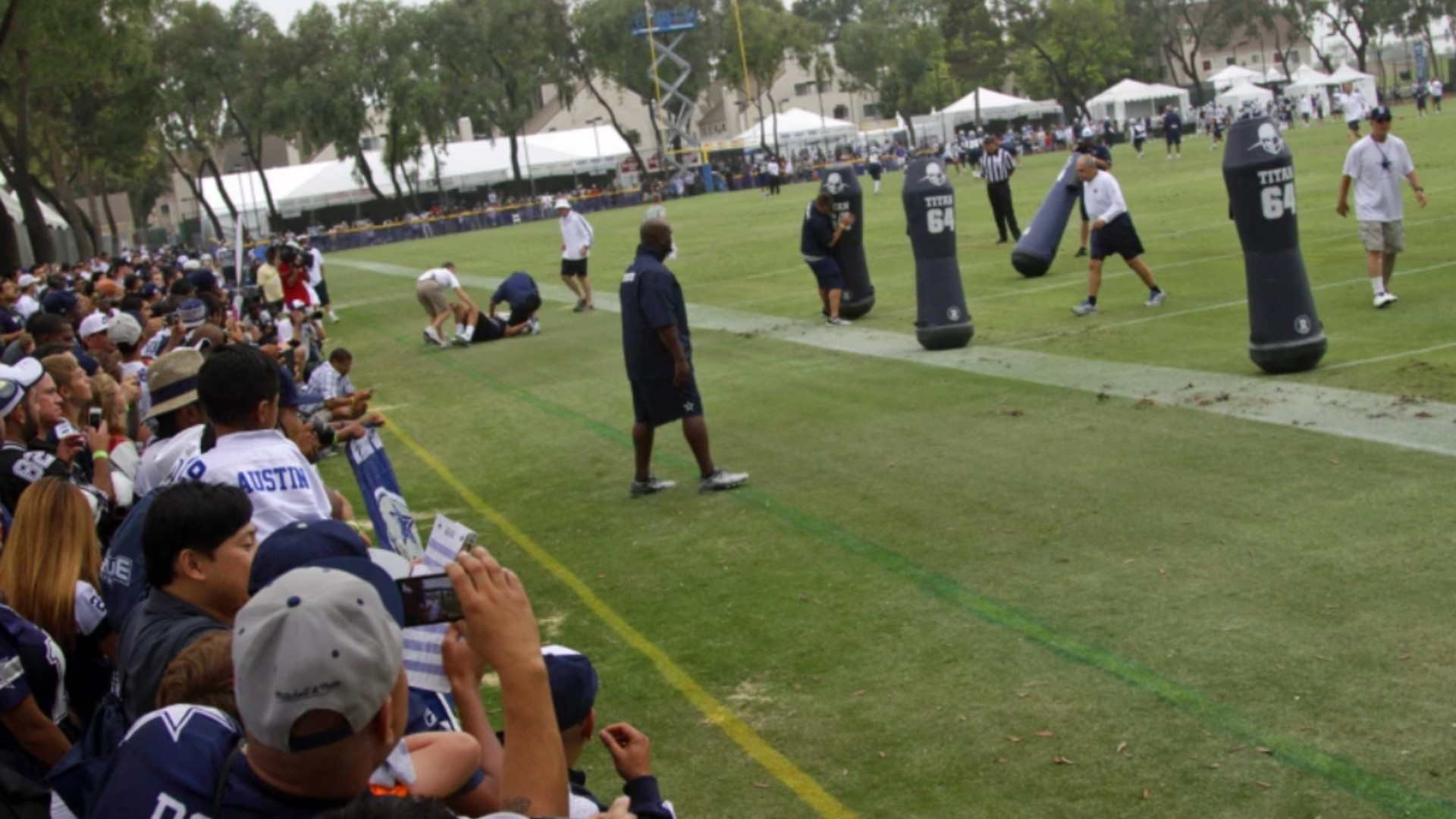 This file photo shows the Dallas Cowboys training camp in Oxnard in 2013. (Lawrence K. Ho / Los Angeles Times)