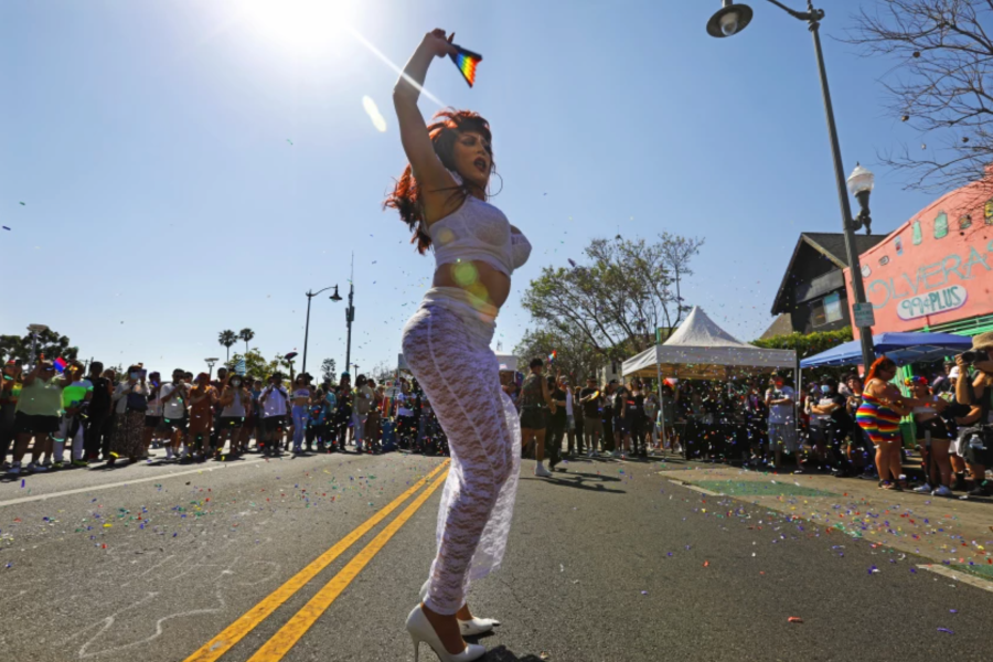Vivenne Vita performs at Orgullo Fest in Boyle Heights.(Carolyn Cole / Los Angeles Times)