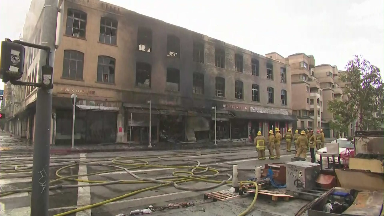 Major emergency' fire in downtown L.A. leaves century old building ...