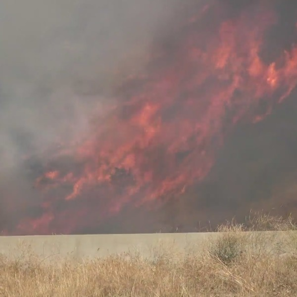 The 'Shell' fire is burning about 700 acres and is 2% contained in Kern County. (Photo: RMG News)