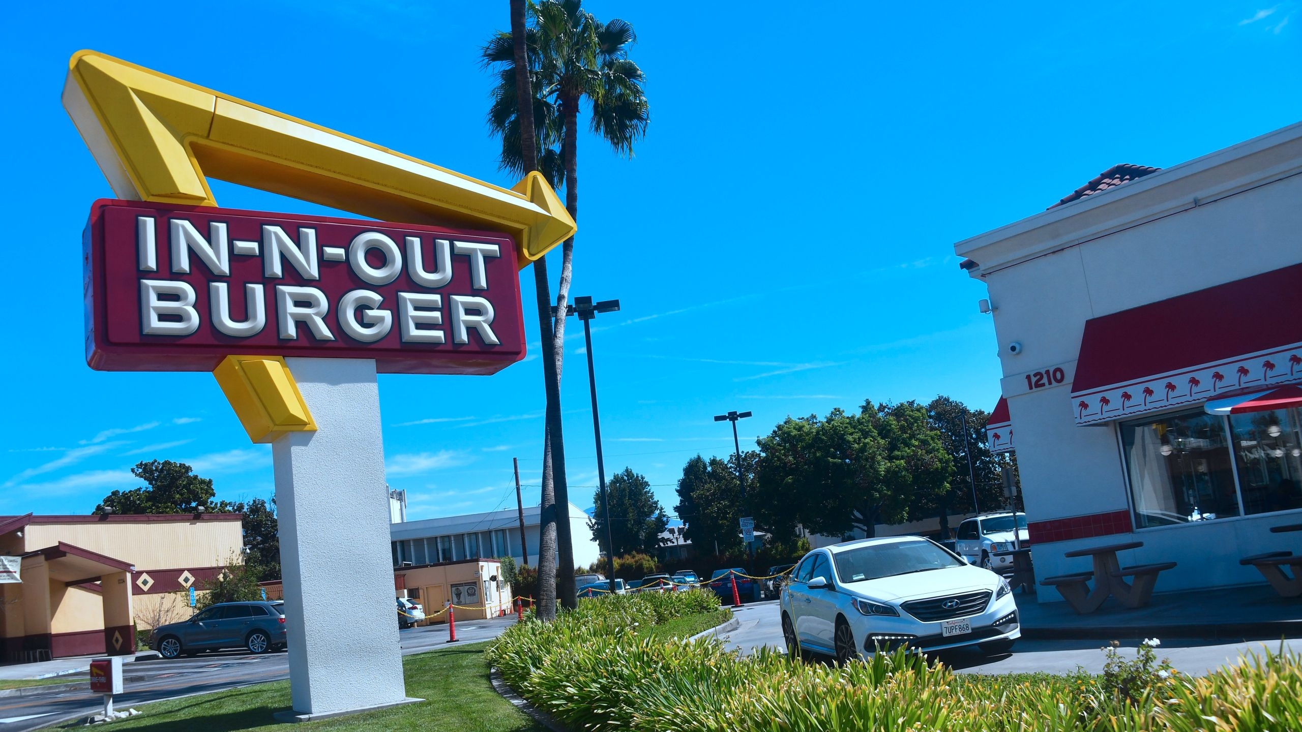The videos began appearing on TikTok earlier this month., but In-N-Out says there's no truth to their claims. (Frederic J. Brown/AFP via Getty Images)