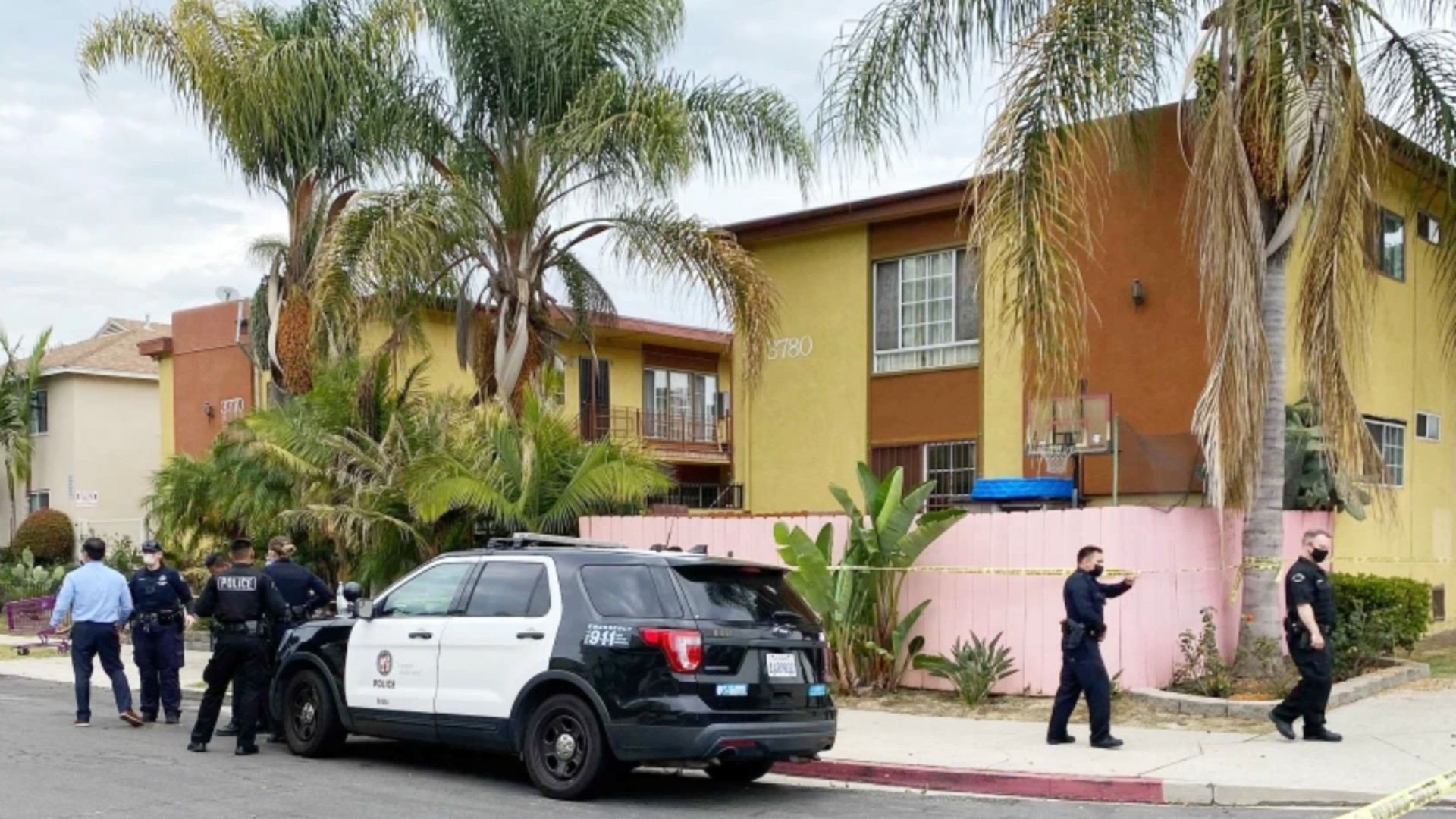 An investigation is underway following a fatal officer involved shooting shooting in the Sawtelle area that left one man dead.(Kevin Rector/Los Angeles Times)