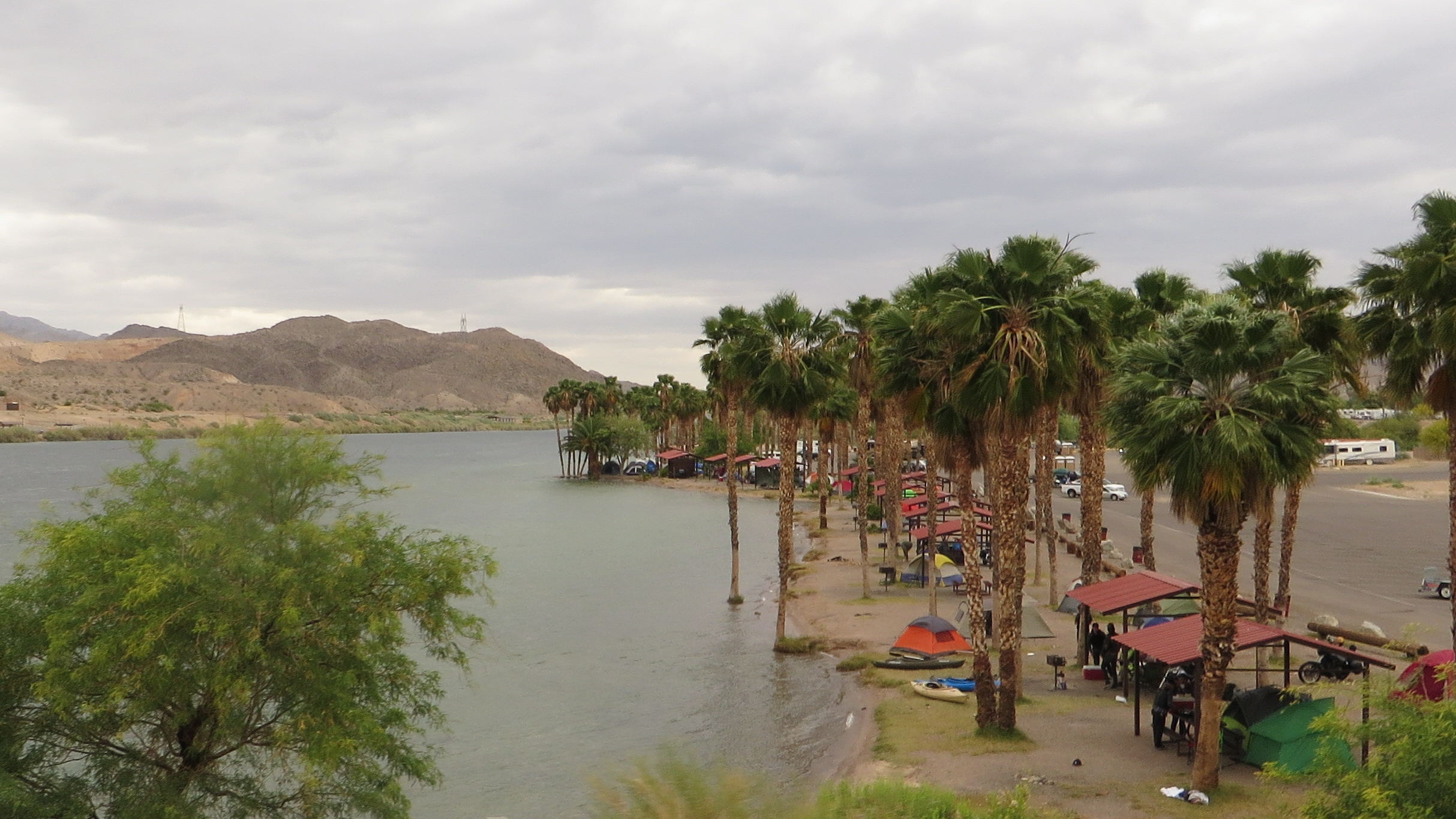 The Colorado River is seen at Bullhead City on April 25, 2015. (Ken Lund via Wikimedia Commons)