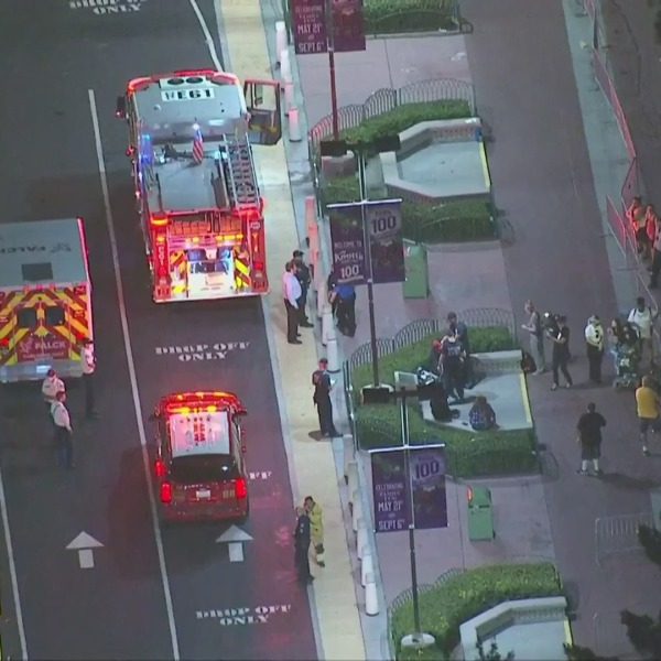Authorities respond to Knott's Berry Farm following a shooting outside the Buena Park theme park on July 9, 2021. (KTLA)
