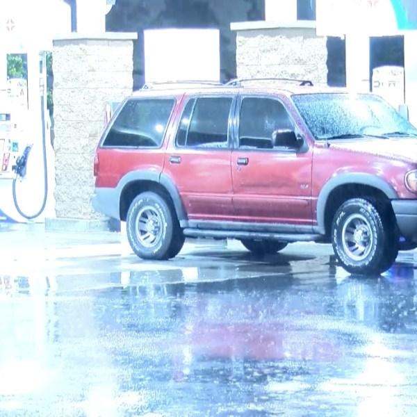 Rain falls in Fontana on July 26, 2021. (Inland News)