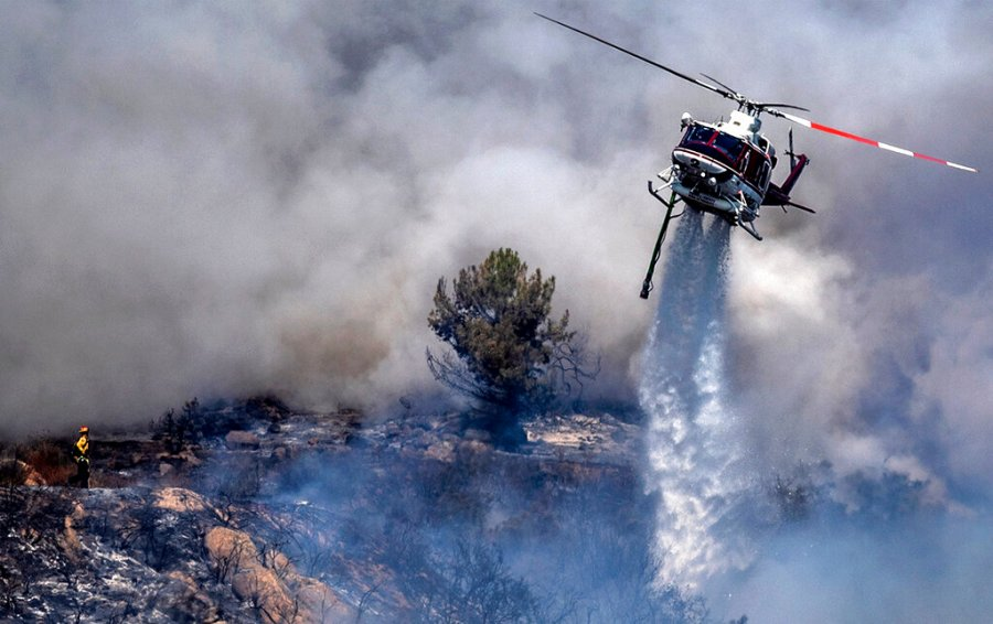 Lake Tahoe threatened by massive Caldor Fire, residents on California side of basin warned to evacuate