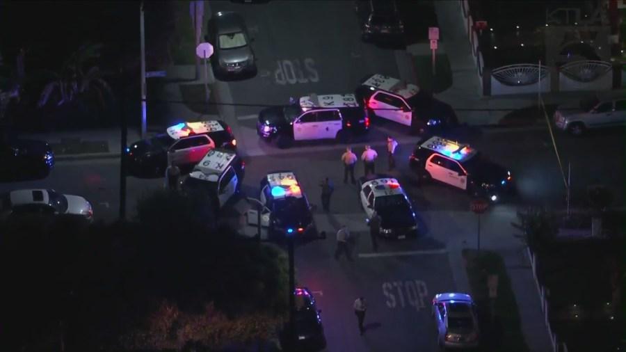 L.A. County deputy shot in Lynwood; 1 of 2 suspects in custody