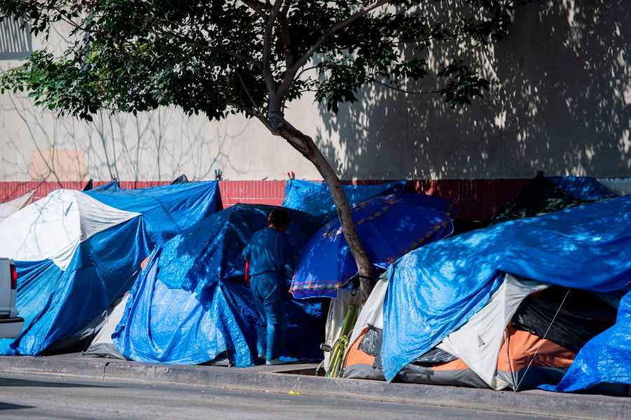 Appeals court strikes down order to house entire homeless population on L.A.'s Skid Row by October