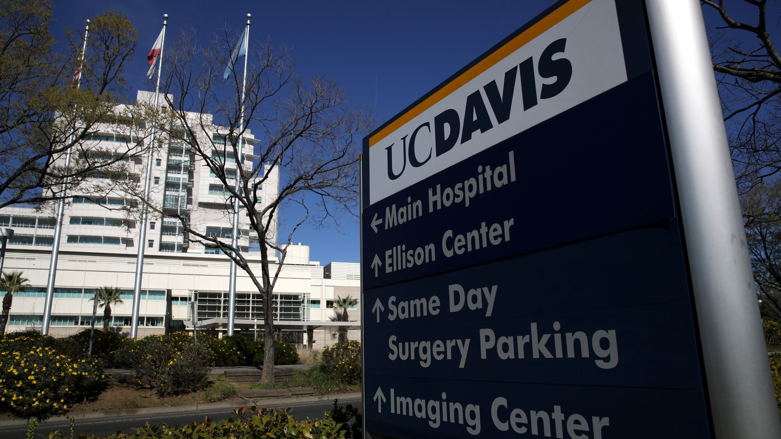 """A view of UC Davis Medical Center on Feb. 27, 2020, in Sacramento. A Solano County resident who is the first confirmed case of the Coronavirus COVID-19 that was """"community acquired"""" has been held in isolation while undergoing treatment at the UC Davis Medical Center for the past week. (Justin Sullivan/Getty Images)"""