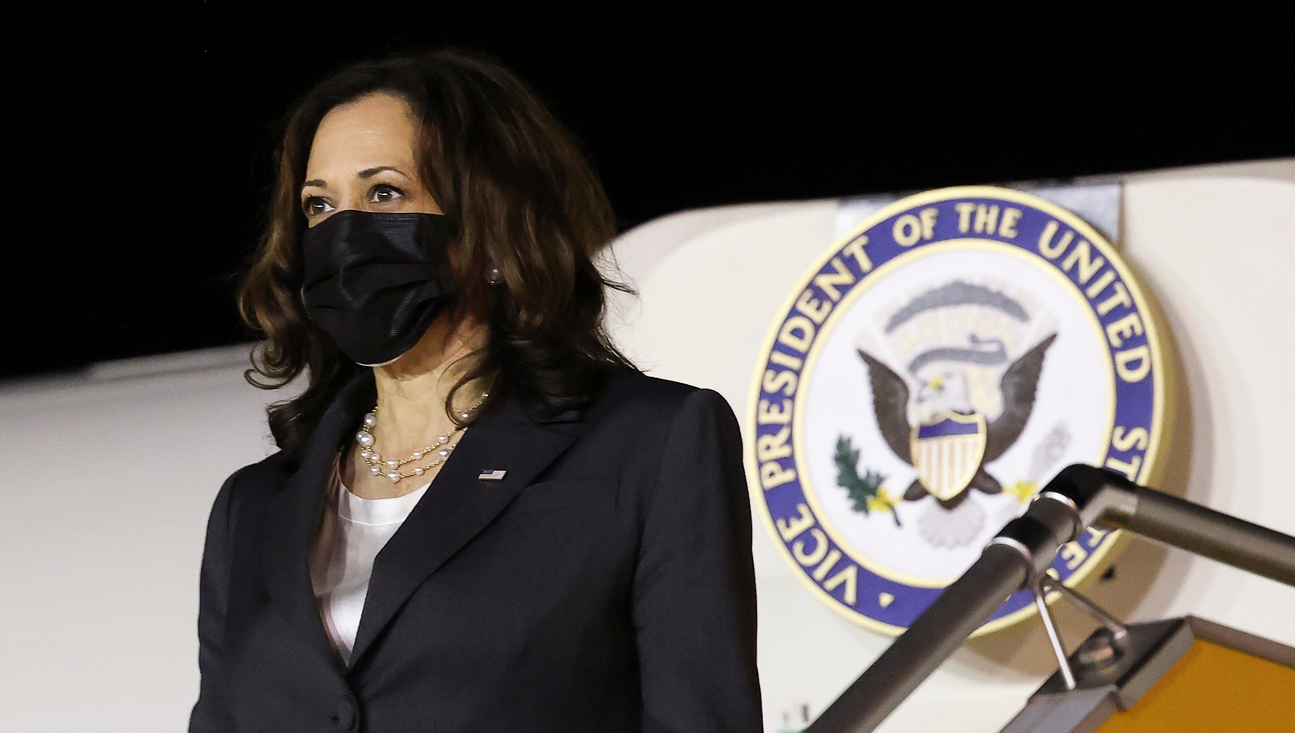 U.S. Vice President Kamala Harris arrives at the airport in Hanoi, Vietnam, Tuesday, Aug. 24, 2021. (Evelyn Hockstein/Pool Photo via AP)