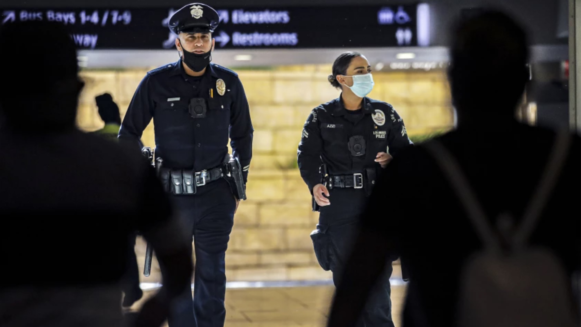 LAPD officers patrol Union Station in August 2021.(Irfan Khan/Los Angeles Times)