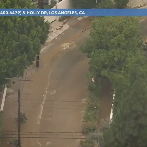 A water main break sent water gushing down the streets in the Hollywood Hills Sept. 1, 2021. (KTLA)