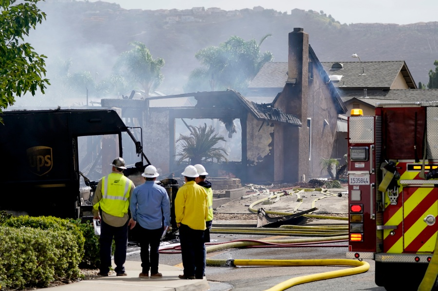 San Diego-area newlyweds' recently purchased 1st house destroyed in plane crash