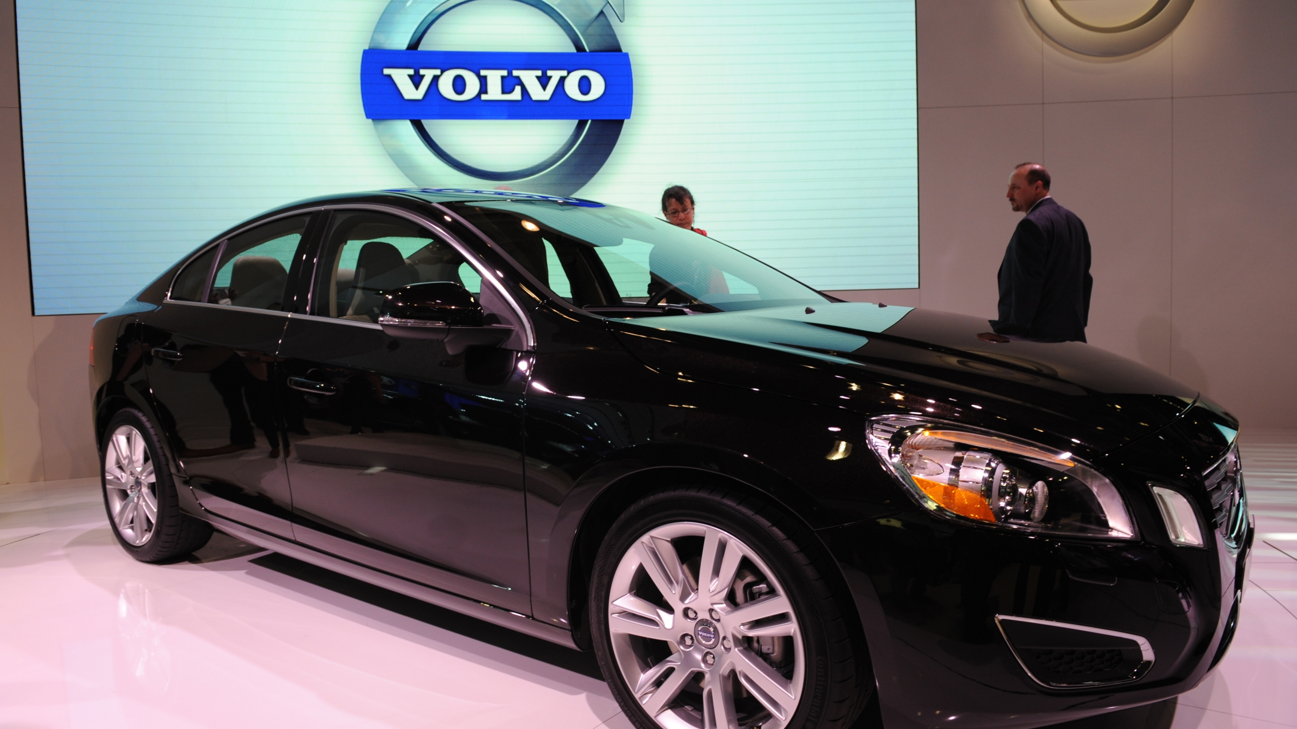 The Volvo S60 is seen at the New York International Auto Show on March 31, 2010 in New York. (STAN HONDA/AFP via Getty Images)