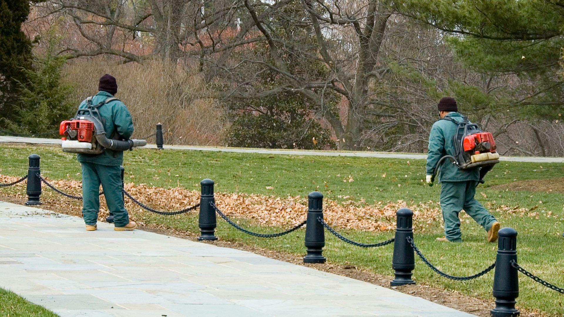 Workers use gas-powered leaf blowers in this undated file image. (Getty Images)